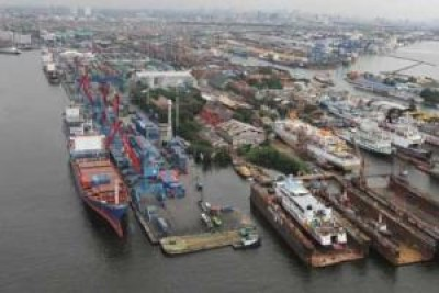 kapal_pelabuhan.jpg